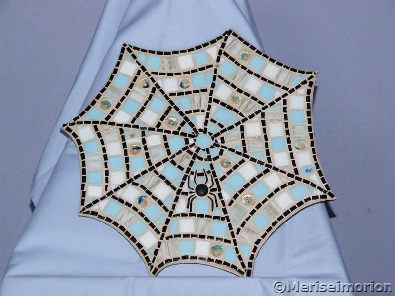 Mosaik Spinnennetz
