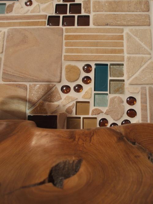 Mosaikbild in türkis und beige