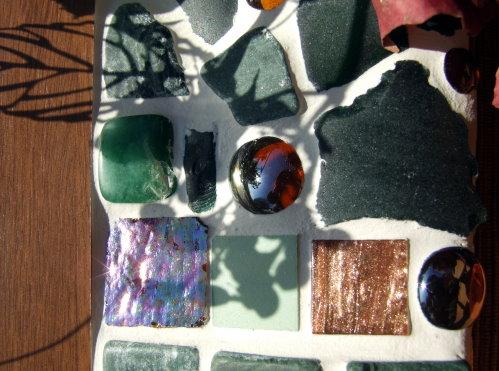 Mosaikschale in Kupfer und grün
