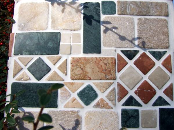 Mosaiksteine aus marmor