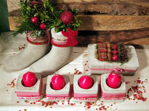 Weihnachtsdeko in Rot