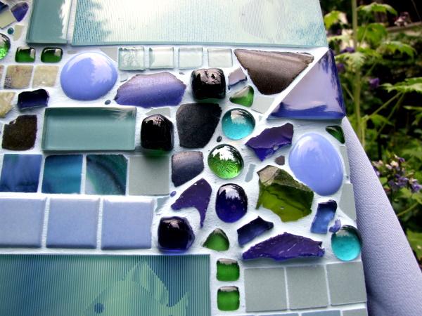 Mosaikbild in Grün und Blau