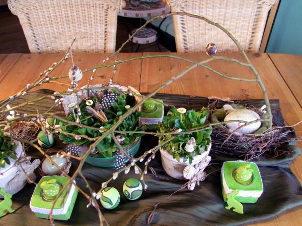 Ostern Tischdeko in grün