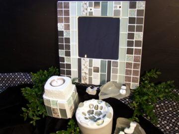 Mosaikspiegel in weiß