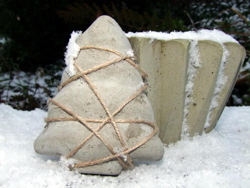 Beton Deko im Schnee