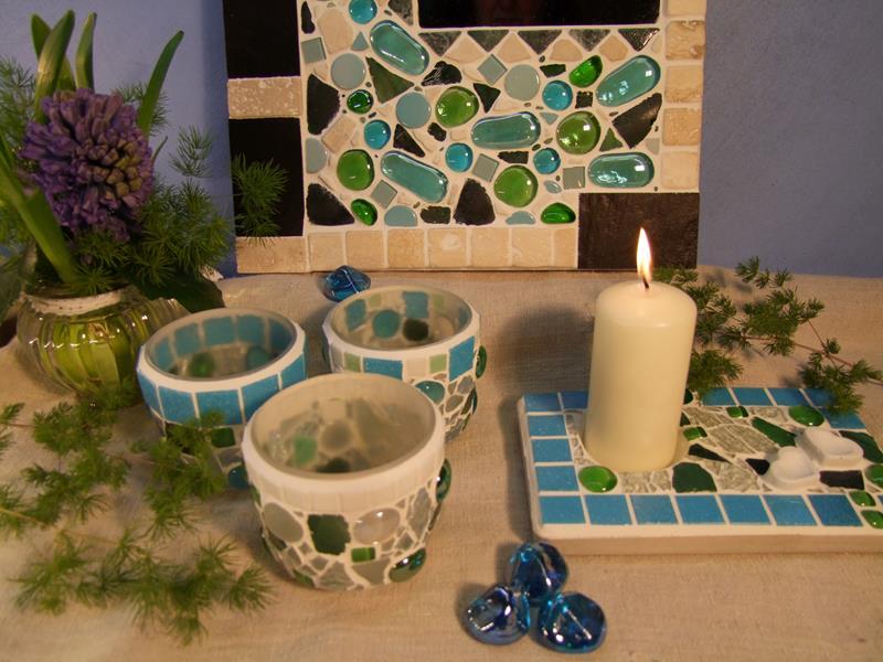 Neue Windlichter und Mosaikspiegel in Türkis und grün