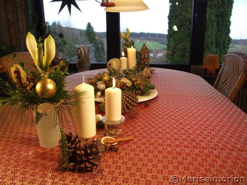 Eine weihnachtliche Tischdeko