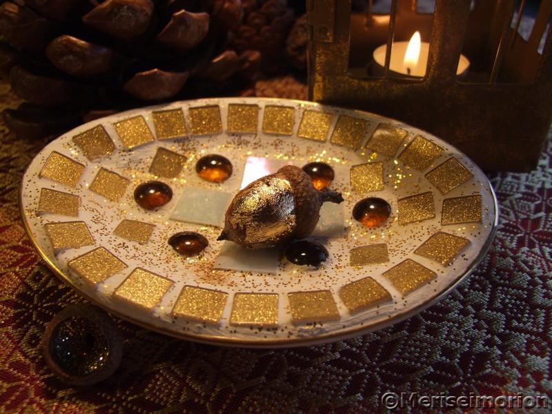 Goldene Mosaikschale