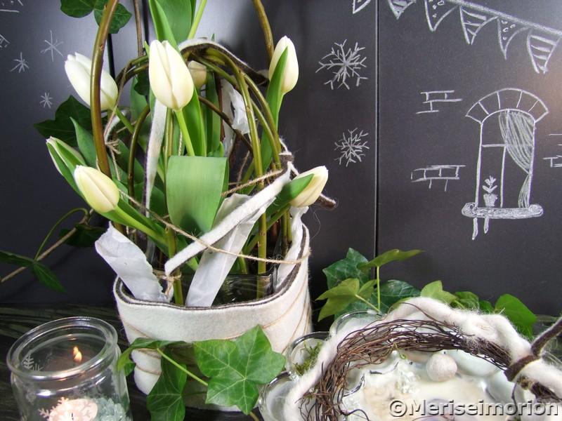 Tischdeko weiße Tulpen