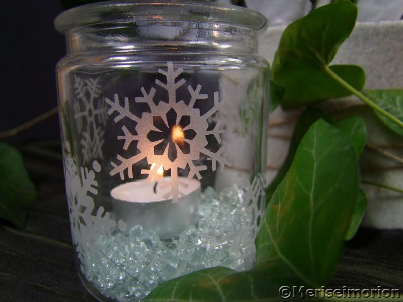 Windlicht mit Eiskristallen