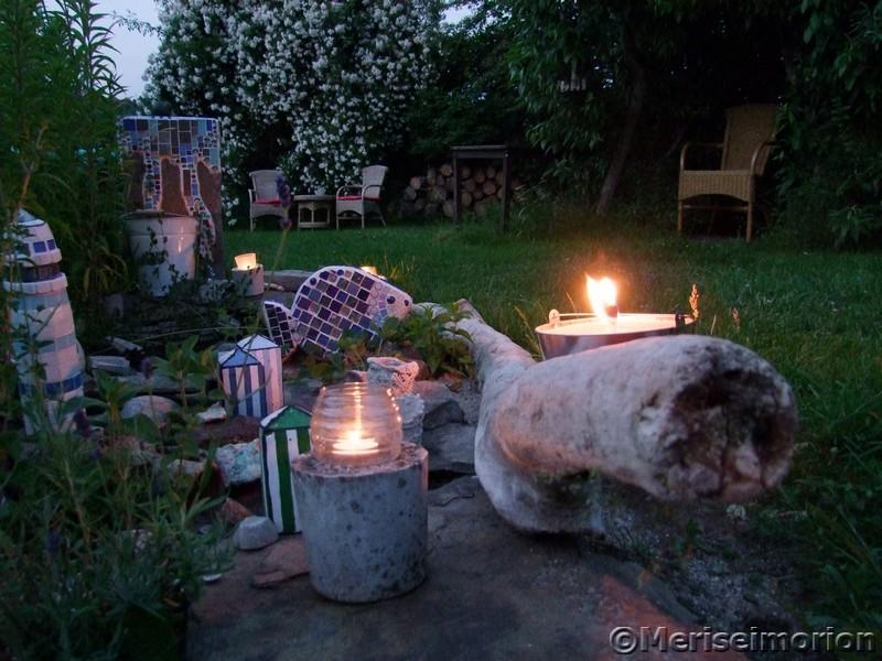 Kerzen im garten meriseimorion - Kerzen fur den garten ...