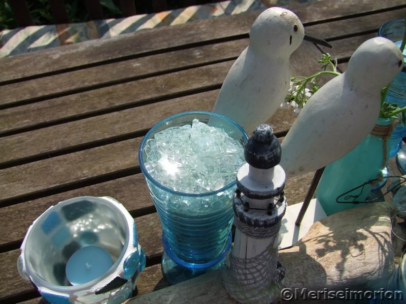 Blaue Gläser