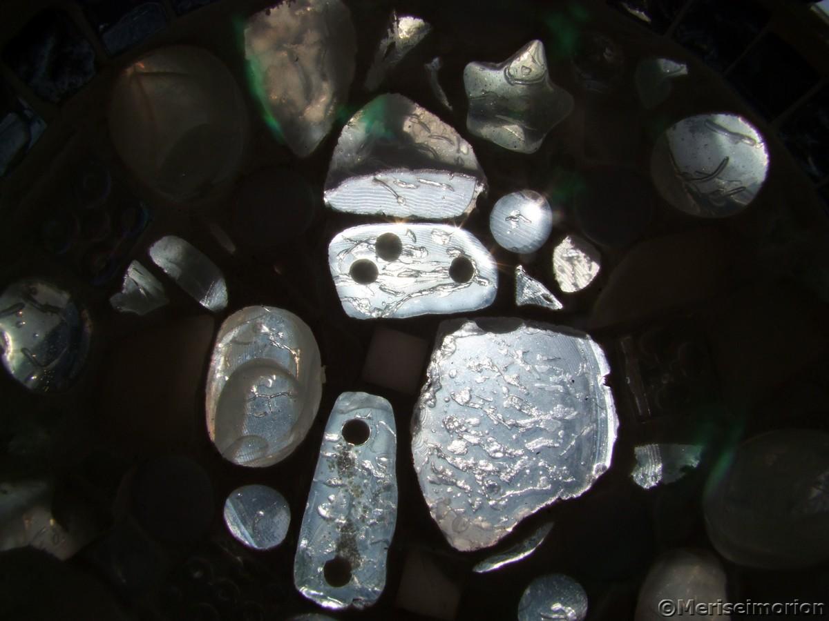 Mosaiksteine in weiss