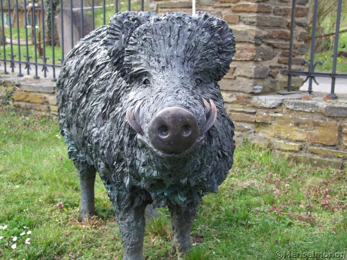 Wildschwein Skulptur