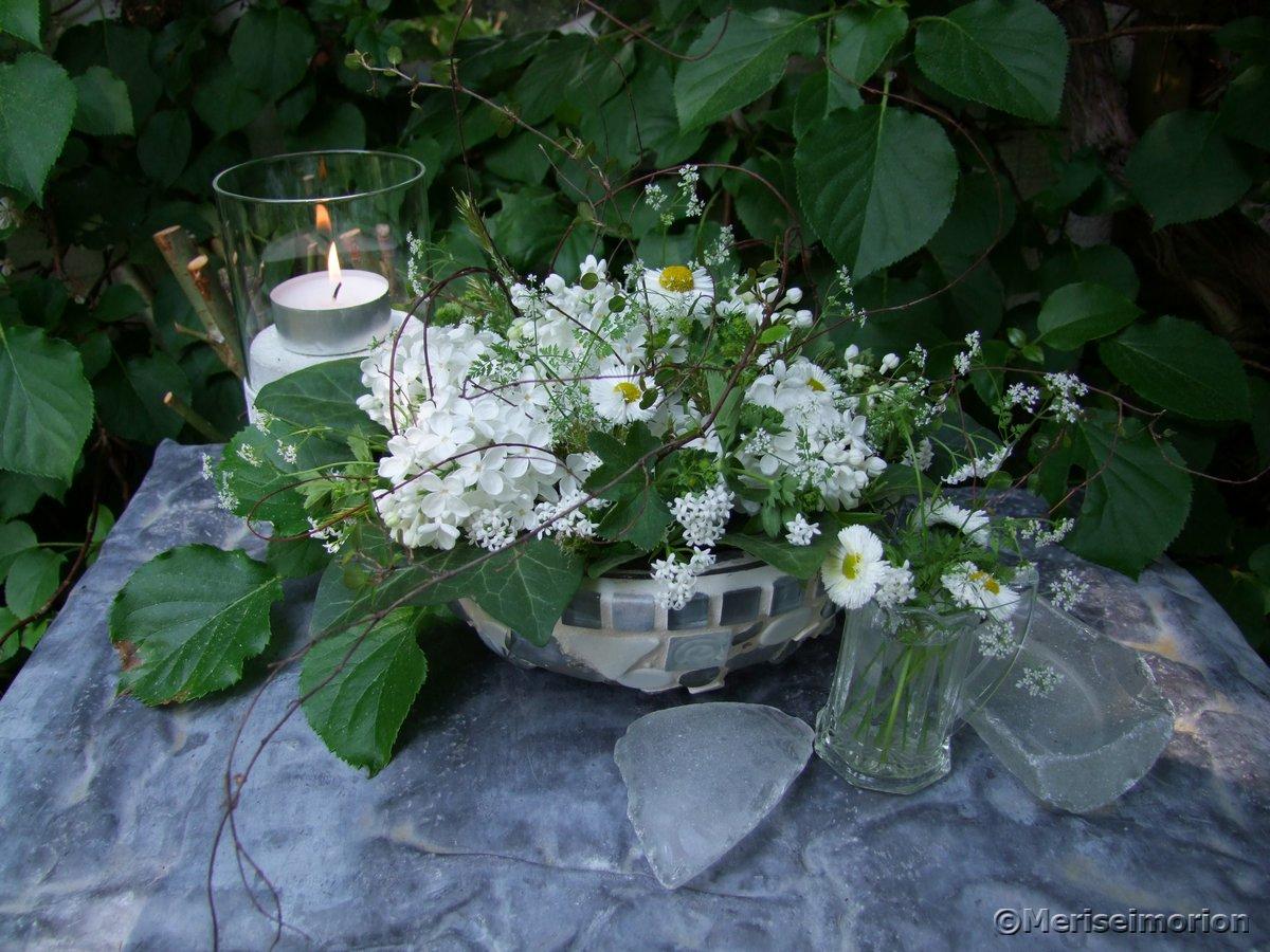 Tischdeko Weißer Flieder