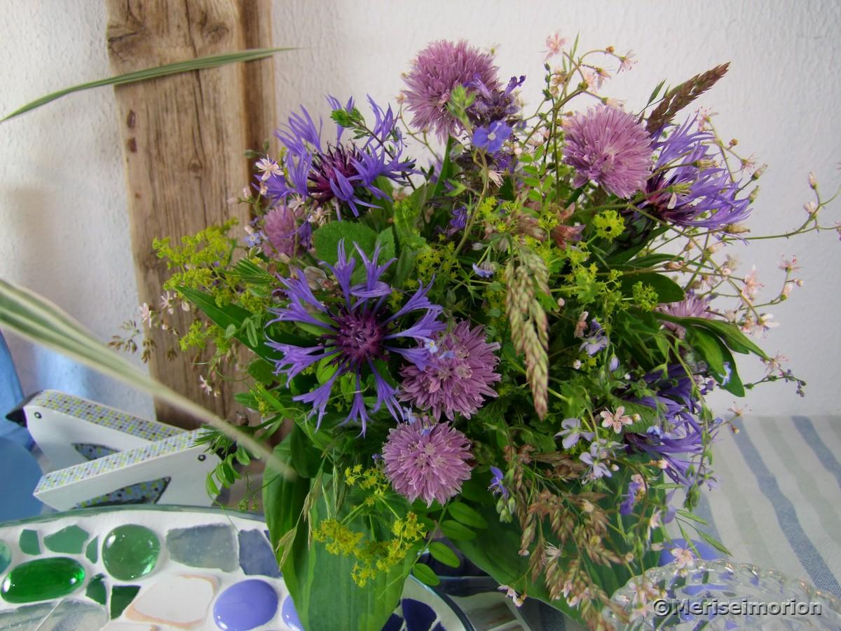 Blauer Blumenstrauß