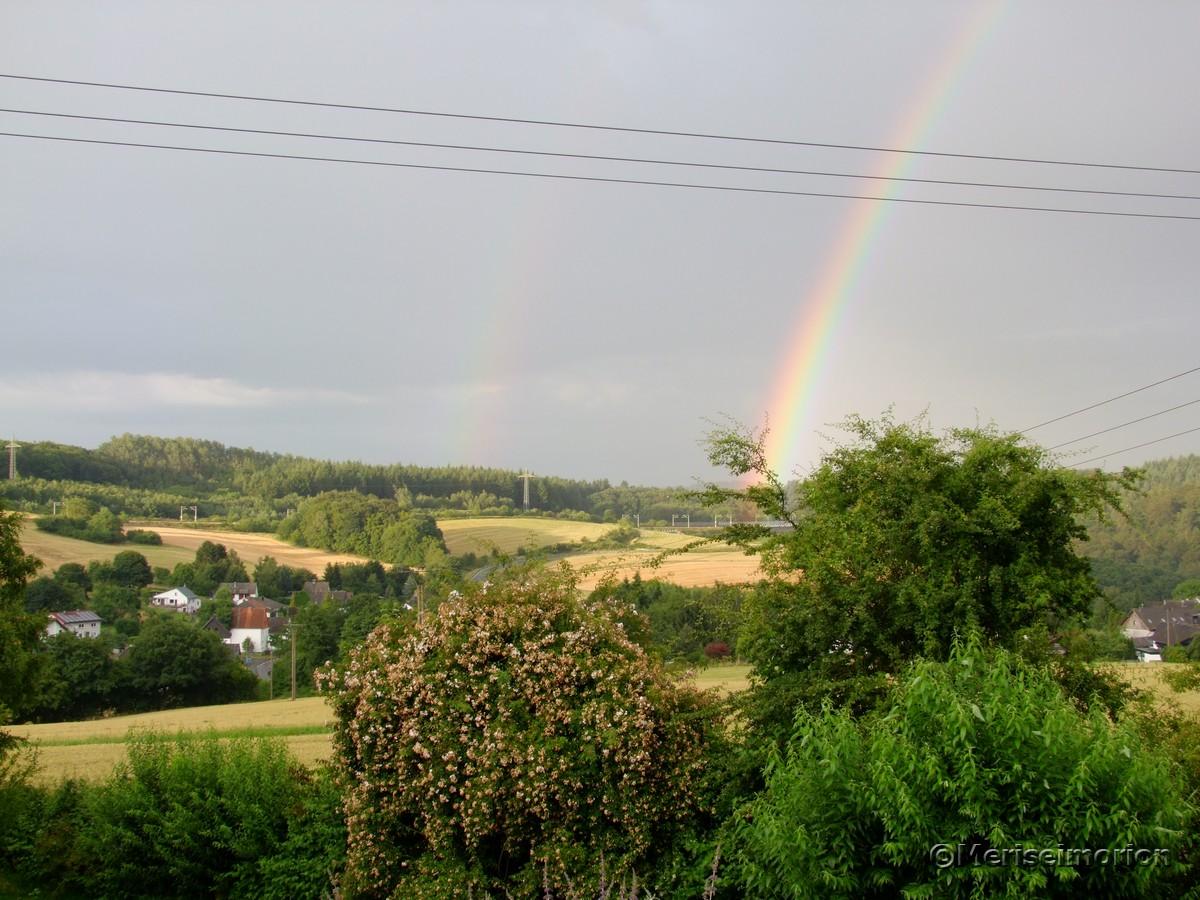 Regenbogen im Garten