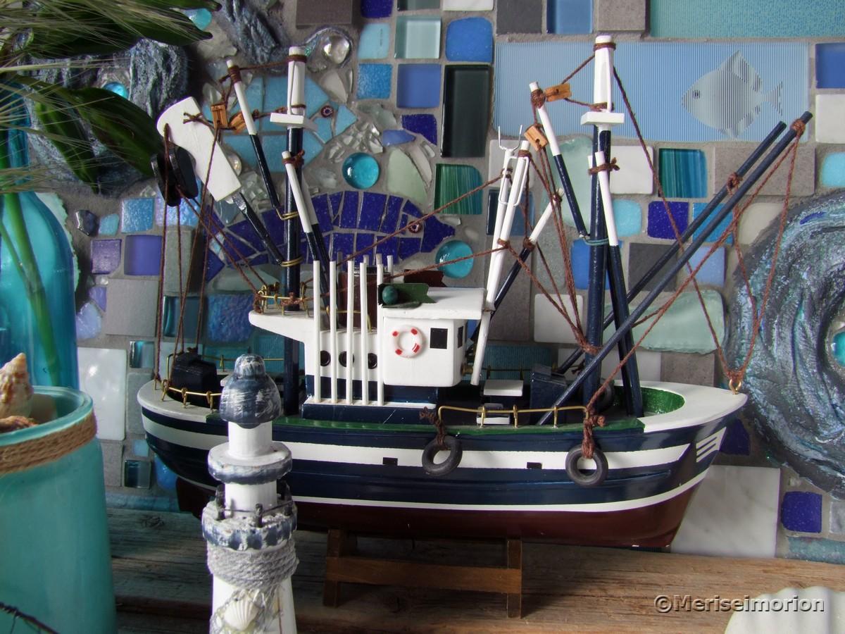 maritime Deko mit Fischerboot