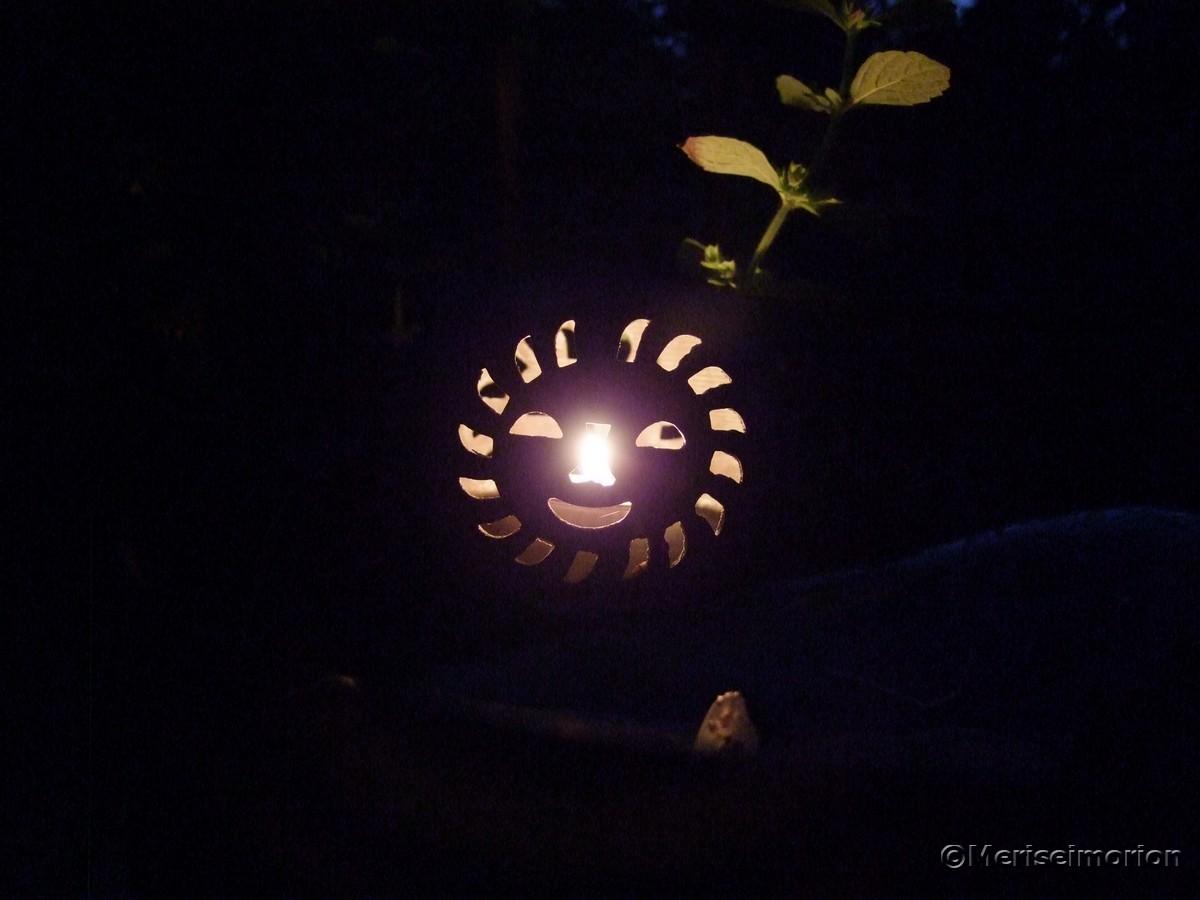 Windlichter als Gartenbeleuchtung