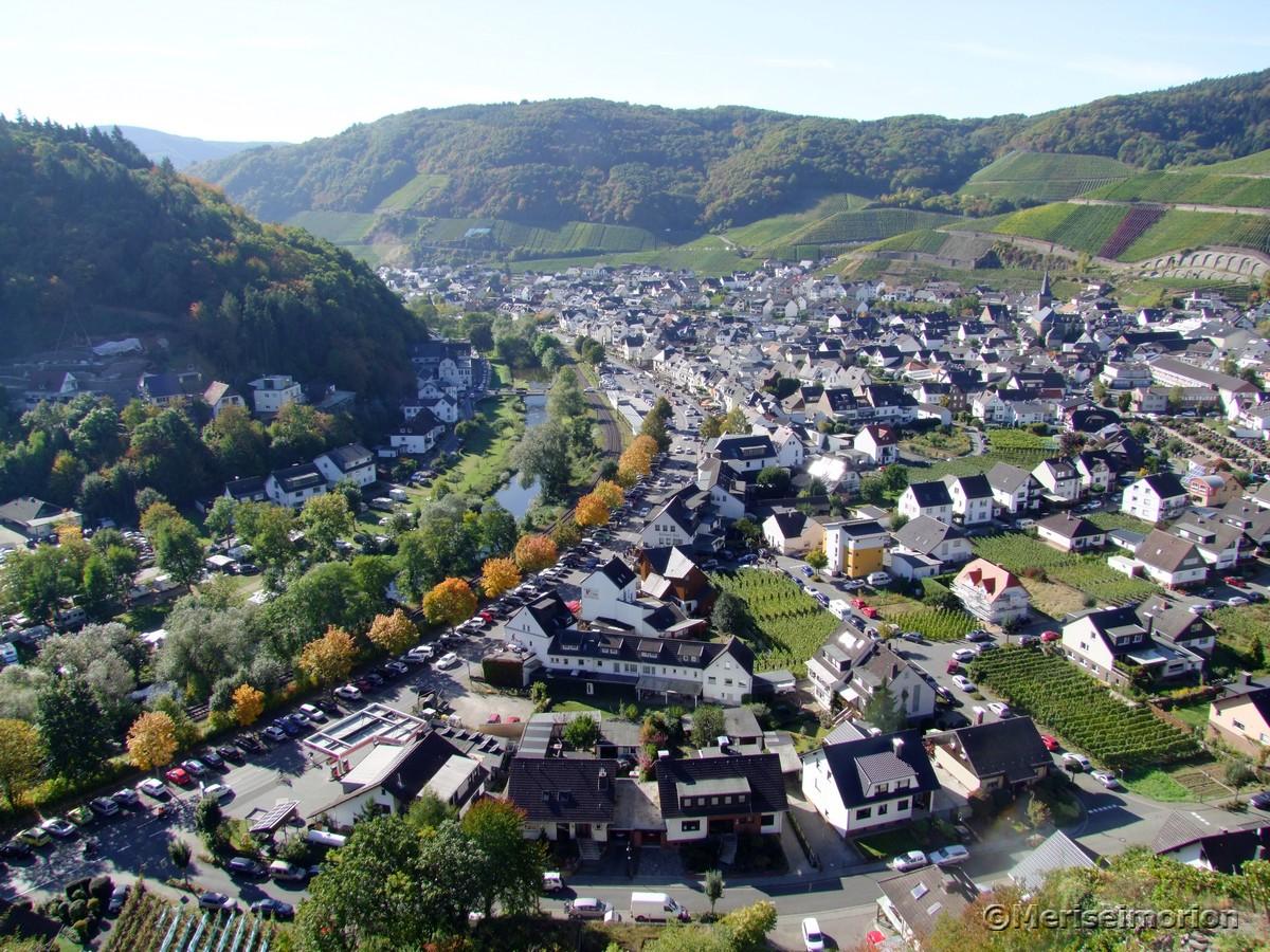 Wandern Ahrtal Dernau