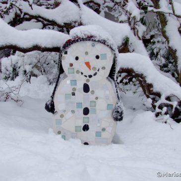 Winter im Mosaik Garten