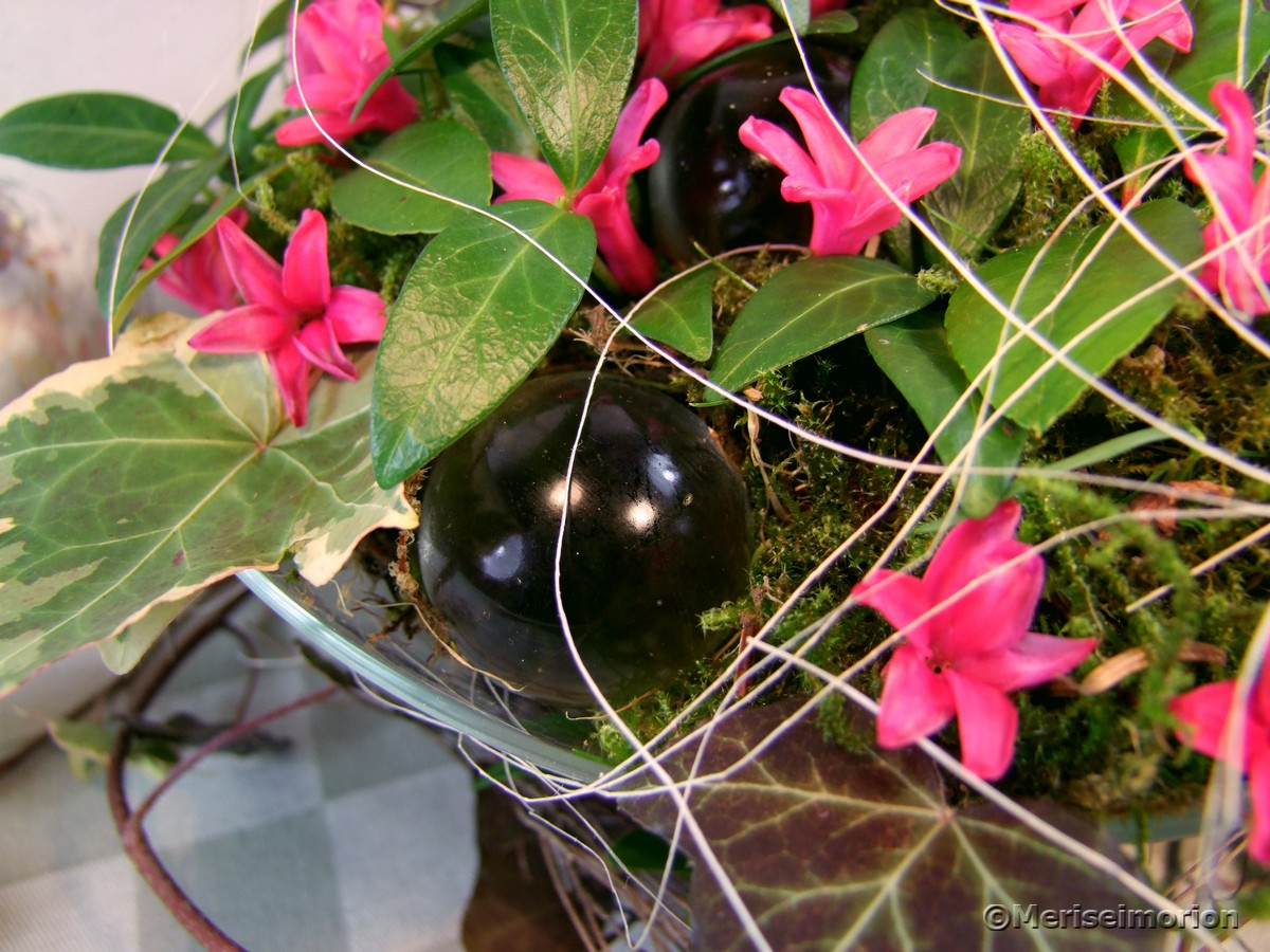 Frühlingsgesteck mit Hyazinthen