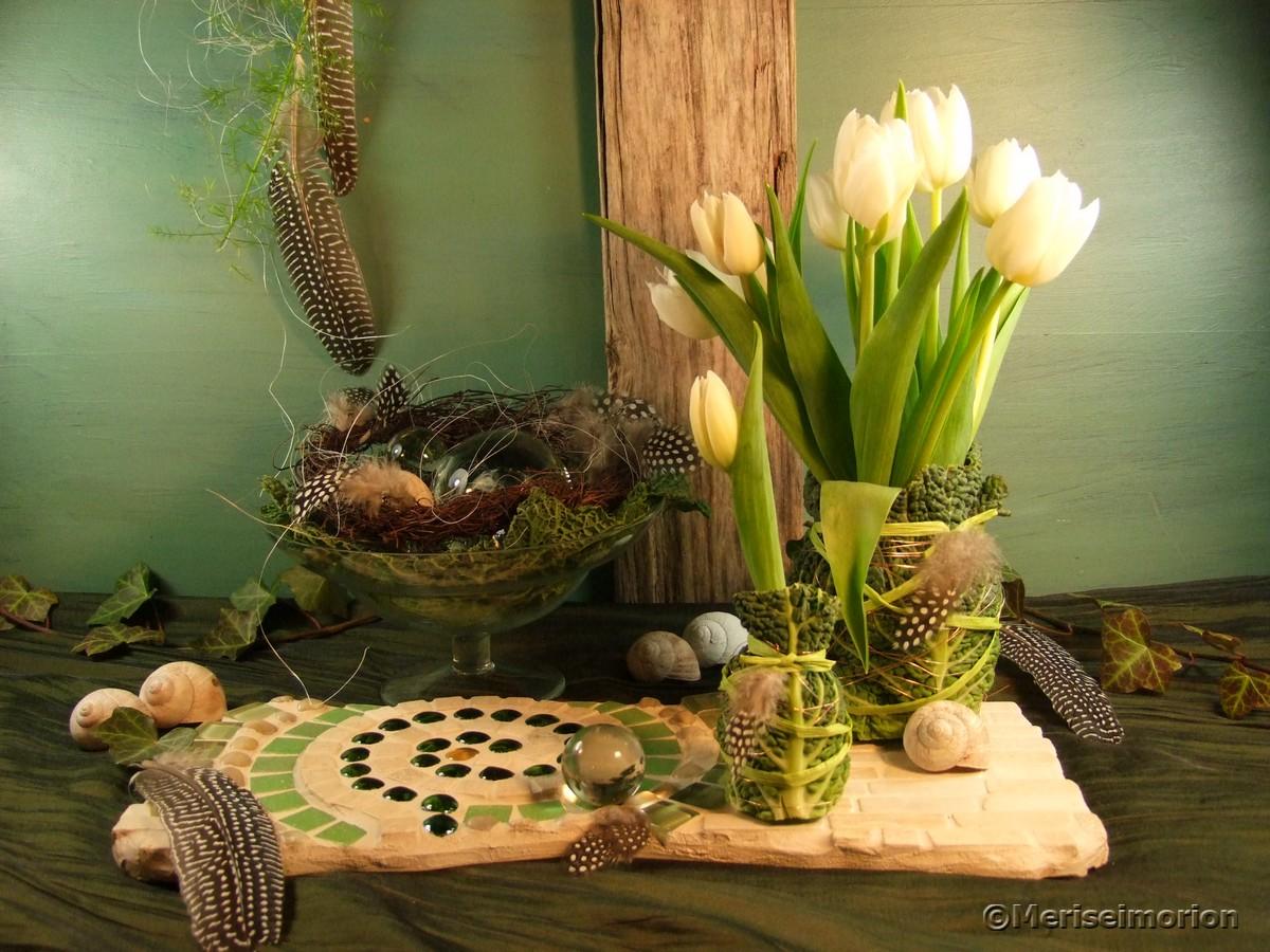 Frühlingsdeko weiße Tulpen