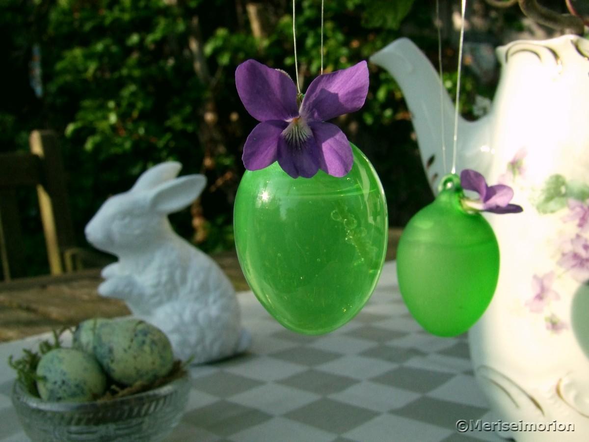 Ostereier-Vasen