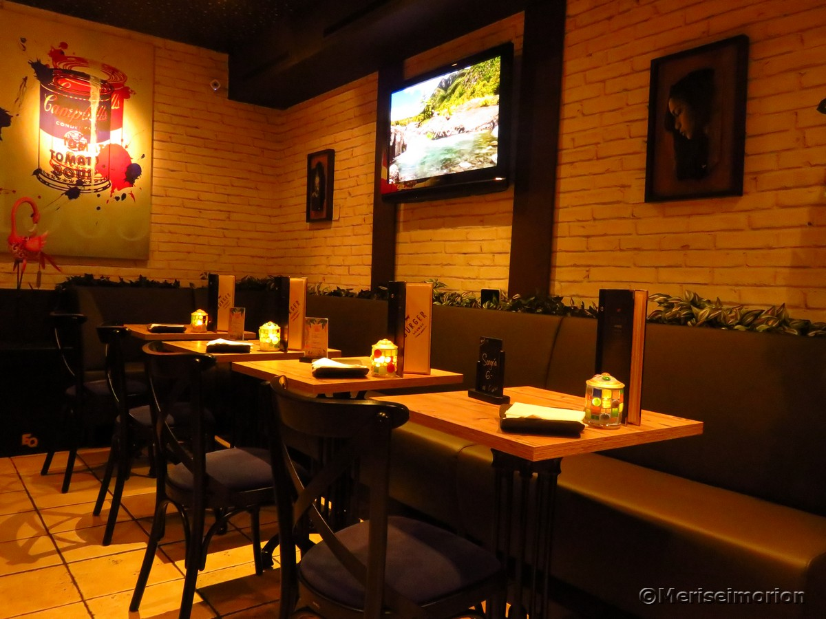 Mosaik Windlichter im Restaurant