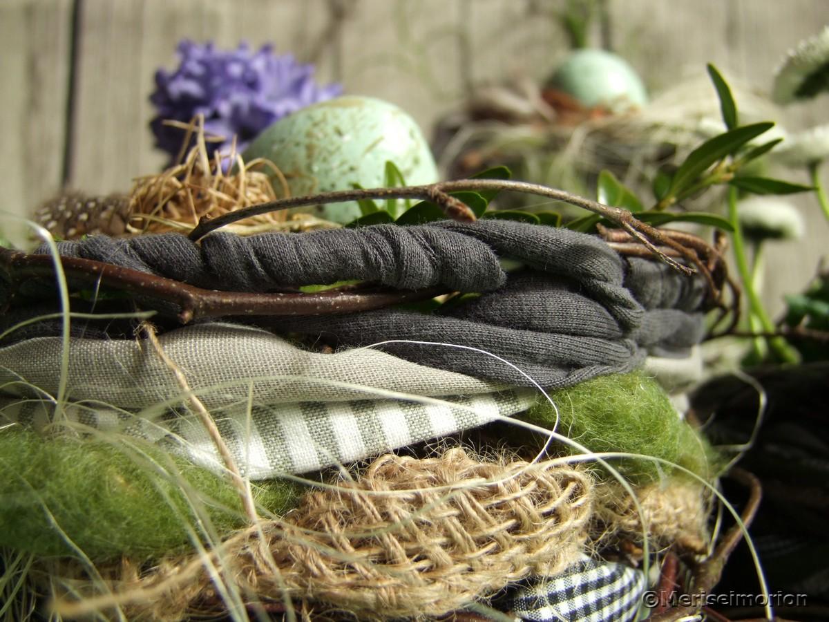 Osternest basteln aus Stoffresten