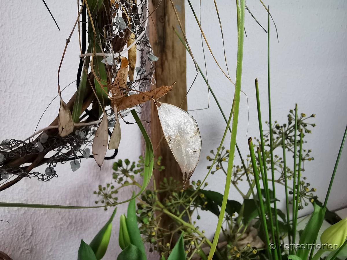 Trockenblumen Kranz mit Silberlingen